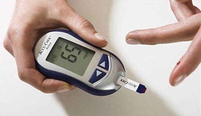 餐前餐后血糖监测!缺一不可。