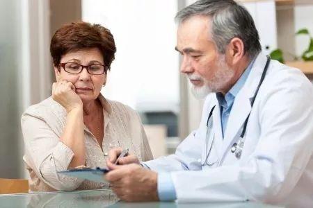 监测血糖技巧:采血测量血糖最好用无名指!